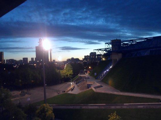 Novotel Paris Centre Bercy : Coucher de soleil sur Paris