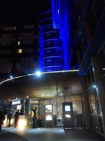 Novotel Paris Centre Bercy: La devanture de l'hôtel