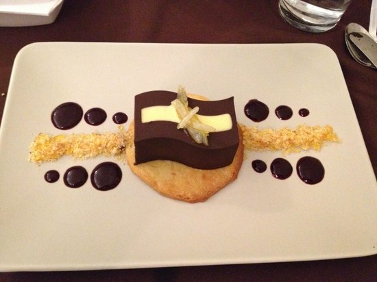 The Palisades Restaurant: Chocolate Tart