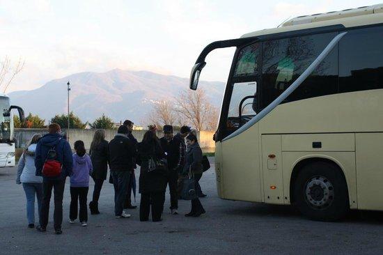 Carrani Tours: Bus to Naples and Pompeii