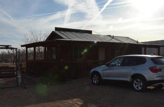 Desert Rose Inn & Cabins: Cabin 6
