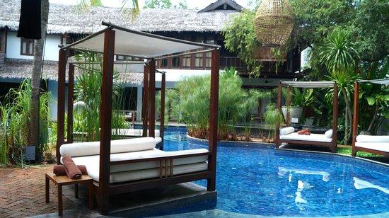 Villa Samadhi: Pool area