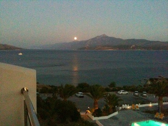 Princessa Riviera Resort: view from our room, moon rising over Turkey, spectacular!