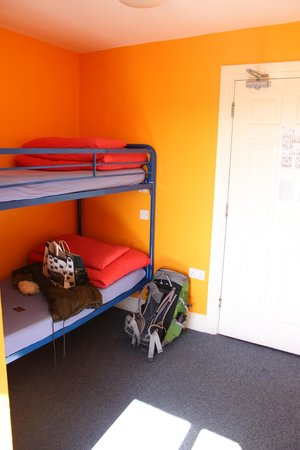 Sleepzone Hostel Galway: Bed