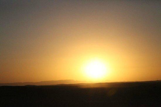 Auberge  Derkaoua: Sahara sunset (taken by iPhone)