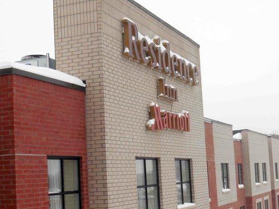 Residence Inn Ottawa Airport: Exterior
