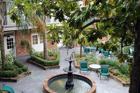 Best Western Plus French Quarter Landmark Hotel: Courtyard