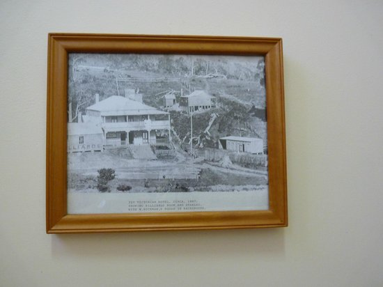 Riverview Boutique Motel : Part of the historical photo display