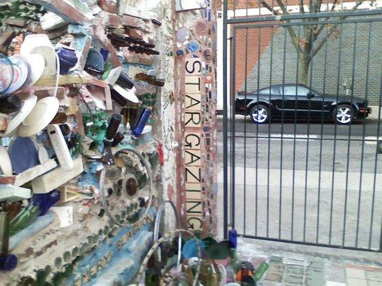 Philadelphia's Magic Gardens : Magic Gardens