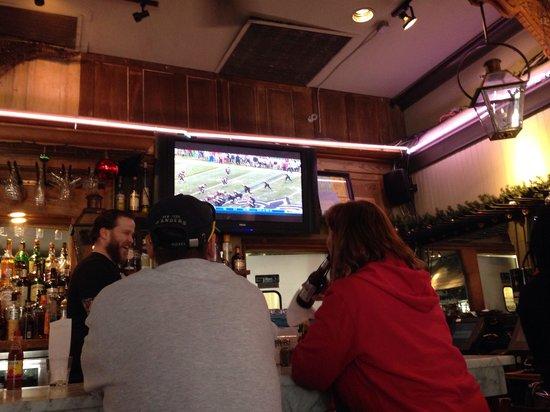 Le Bayou Restaurant : Saints game on! Who Dat?!