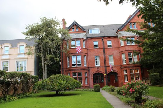 Cork International Hostel: Beautiful building!