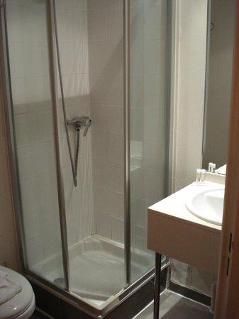 Libertel Canal Saint-Martin : banheiro