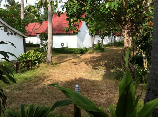 Klong Khong Beach Resort: Bungalow area