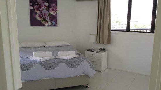 Cairns Aquarius: Bedroom