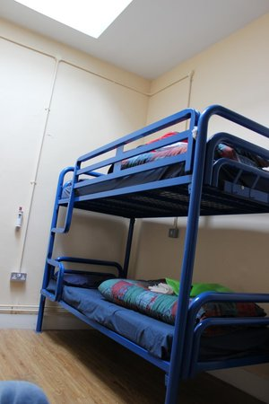 Dublin International Youth Hostel: One half of the room