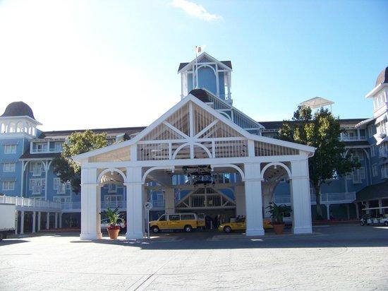 Disney's Beach Club Villas: Entrance