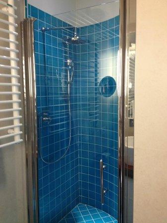 Hotel Duchi Vis a Vis : Great shower