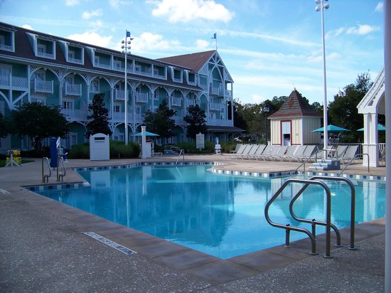 Disney's Beach Club Villas: Quiet pool