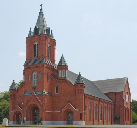 ‪St. Landry Catholic Church‬