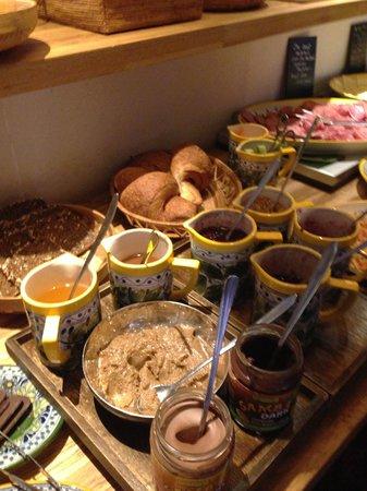 Axel Guldsmeden - Guldsmeden Hotels : Breakfast Buffet