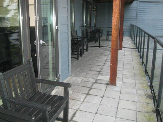 Black Rock Oceanfront Resort: Deck - Room 317