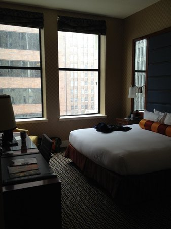 Kimpton Hotel Monaco Baltimore Inner Harbor: Room with a cityview