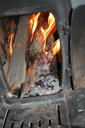 Circle View Guest Ranch : Fire! Ma and Pa Ingalls didn't freeze to death!