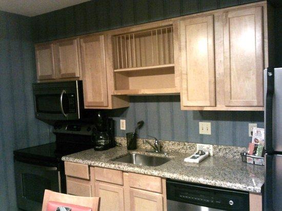 Hawthorn Suites by Wyndham San Antonio Northwest Medical Center: Kitchen