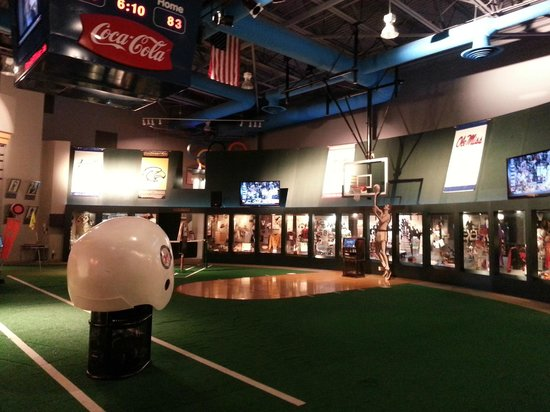 Mississippi Sports Hall of Fame: Main Area