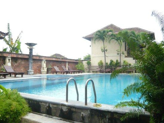 Bali Ayu Hotel: Hotel Pool