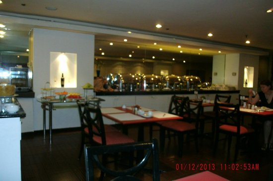 Somerset Millennium Makati: Very Average Breakfast Buffet