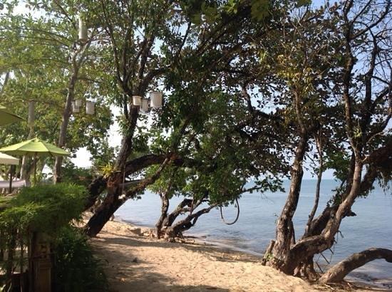 Gajapuri Resort & Spa: hotels beach