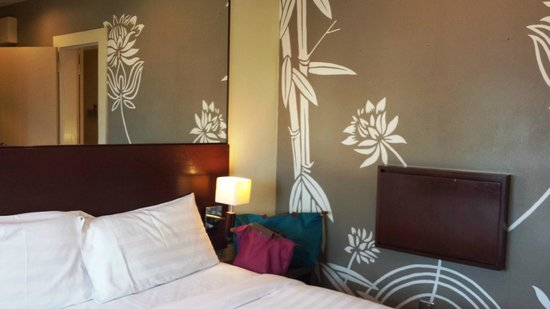 Tune Hotel Downtown Penang : Minimalist