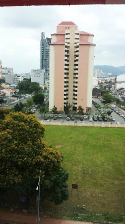 Tune Hotel Downtown Penang: The view from our room