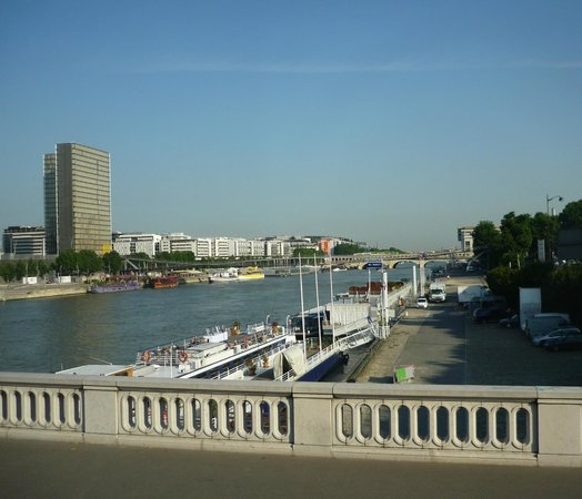 Ibis Styles Paris Bercy: Сена в районе Берси