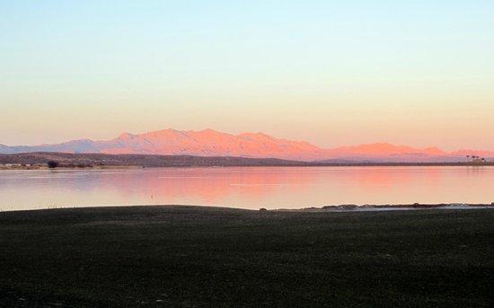The Westin Lake Las Vegas Resort & Spa: Sunset - view on Las Vegas Lake