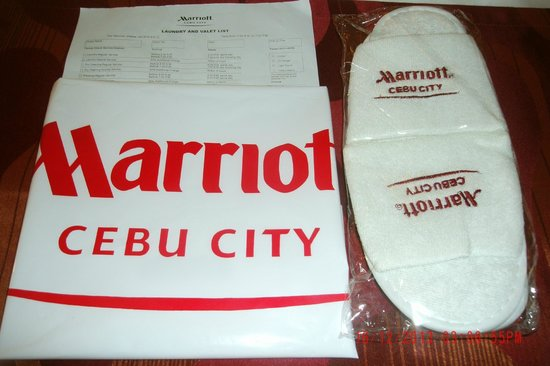 Cebu City Marriott Hotel : Complimentary slippers