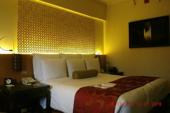 Cebu City Marriott Hotel : Bedroom photo 2