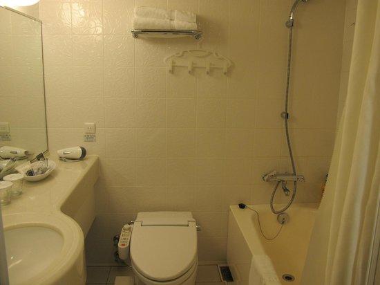 Richmond Hotel Yamagata-ekimae: Bathroom of Hollywood twin Room.