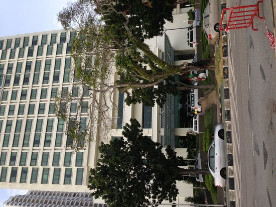G Hotel Gurney : Hotel from outside