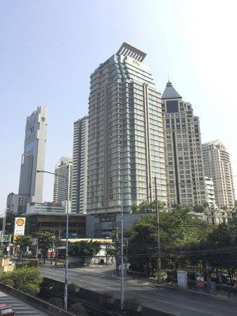 Sathorn Vista, Bangkok - Marriott Executive Apartments : The exterior