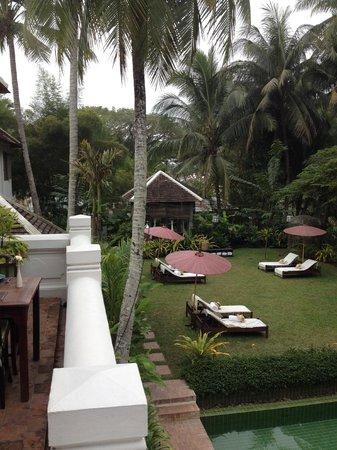 Satri House: grounds