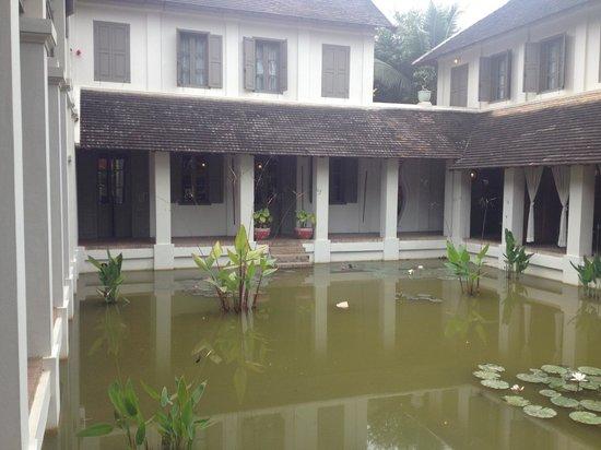 Satri House: spa area