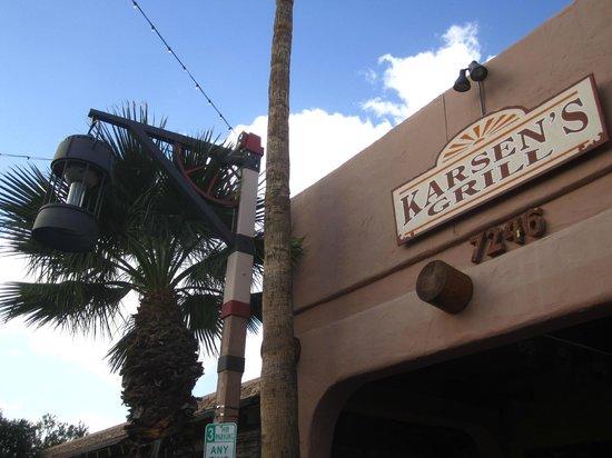 Karsen's Grill: Front Entrance