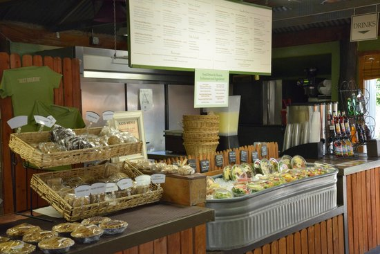 Farm at South Mountain: Place your order, then take a seat!