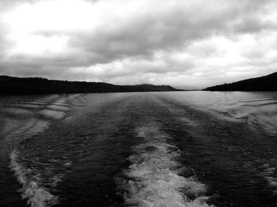 Bowness-on-Windermere, UK: Cruising from Bowness to Lakeside.
