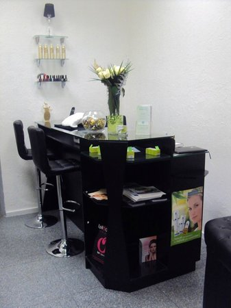 bar ongles picture of institut de beaute veloute de soins lyon tripadvisor. Black Bedroom Furniture Sets. Home Design Ideas