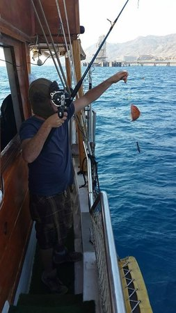Fly On The Water : fishing
