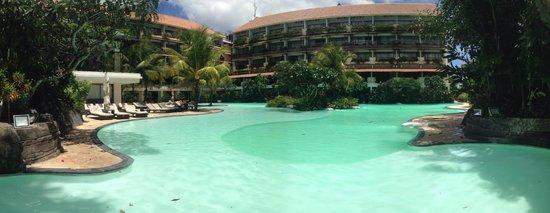 Swiss-Belhotel Segara Resort & Spa: pool