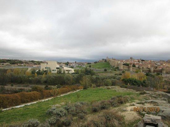 The Walls of Avila : Pespective